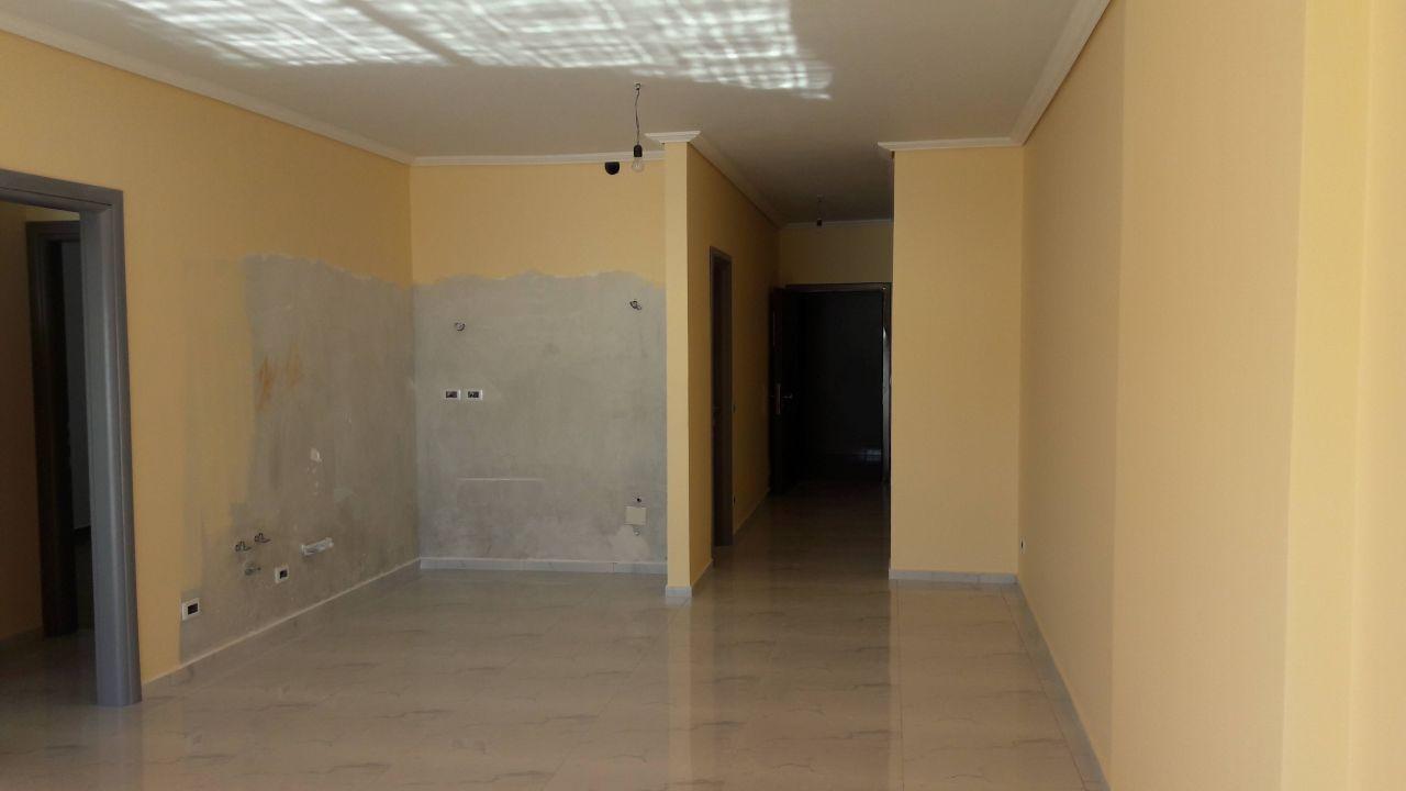 Real Estate in Saranda, Apartment for Sale near Sea Side