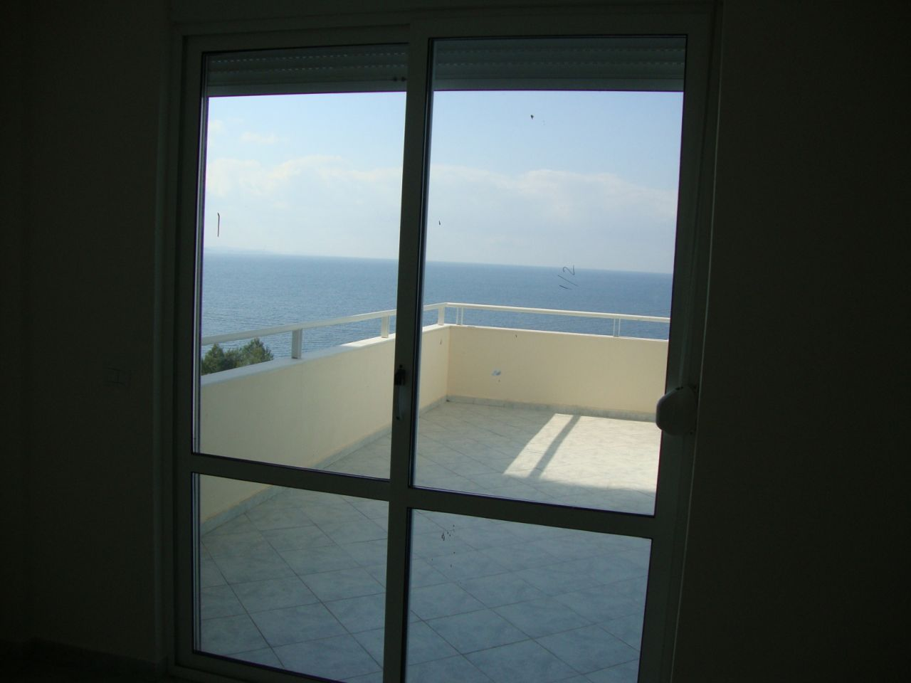 apartment for sale in saranda. apartment with seaview for sale in albania