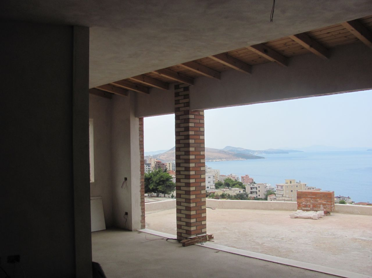 penthouse for sale in saranda albania in the seaside of the ionian beach