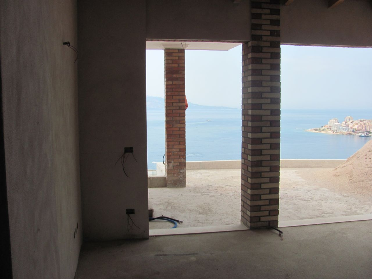 apartments for sale in Saranda. two bedroom apartment for sale with sea view