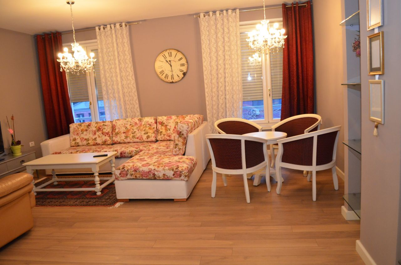 Duplex apartment for rent in Tirana