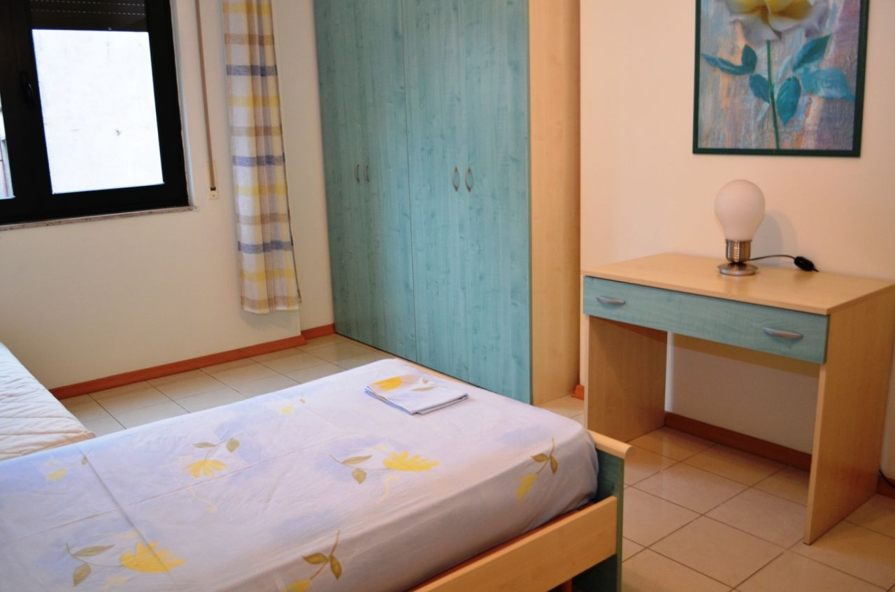 Rental apartment in Albania capital, Tirana. It is located near Elbasani Street, and it is in very good conditions.