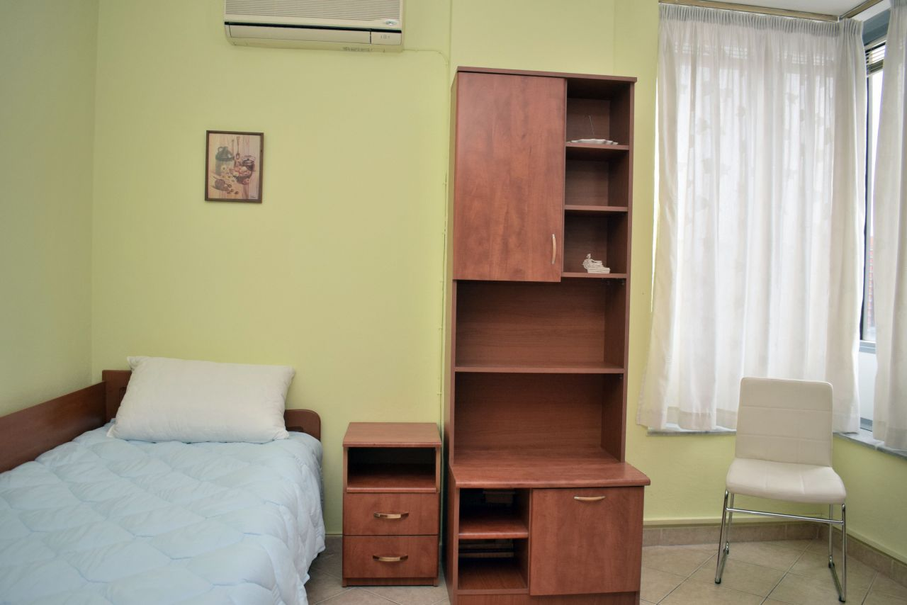 Møblert leilighet til leie i Tirana, Albania hovedstad.