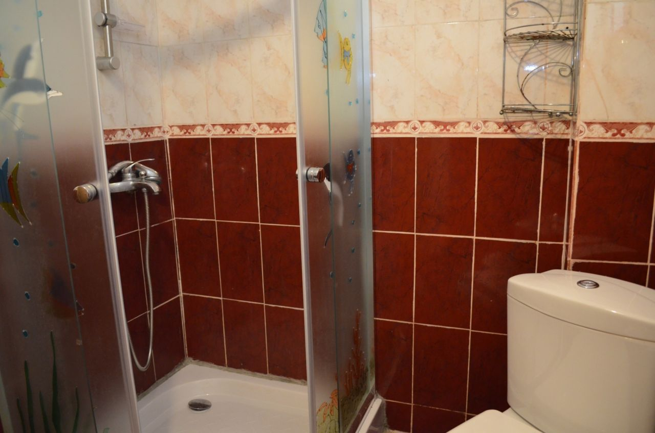One bedroom apartment for rent in Tirana. It is fully furnished and located near Kavaja Street.