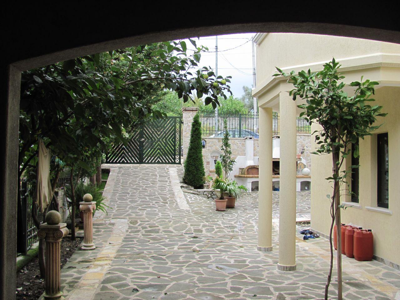 Vile me qira ne Tirane