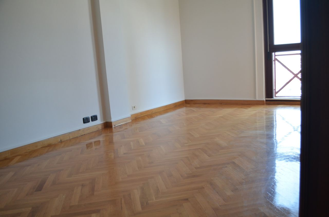 Apartment for Rent with three bedrooms in Tirana, in the center city.