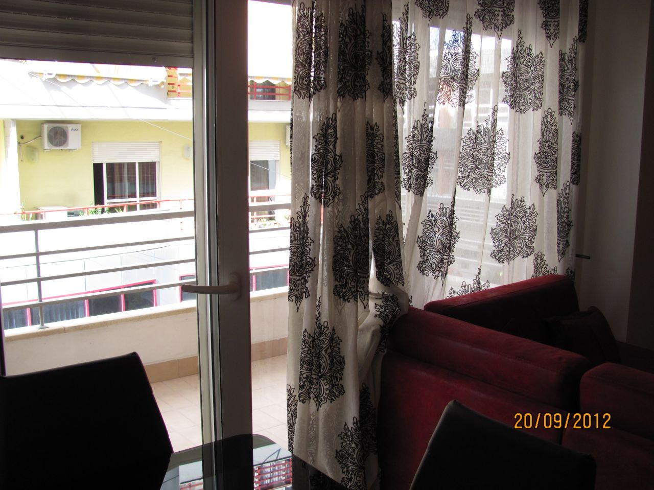 two bedrooms apartment for rent in tirana near the lake side