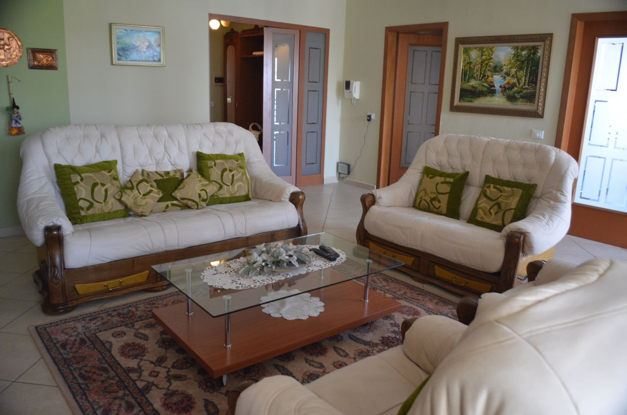 Apartment for rent in Tirana near the park of the lake