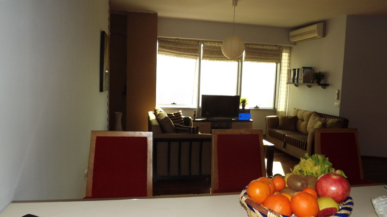 Flat in Tirana, for rent. Albania Real Estate for rent in the center of the city of Tirana, Albania.