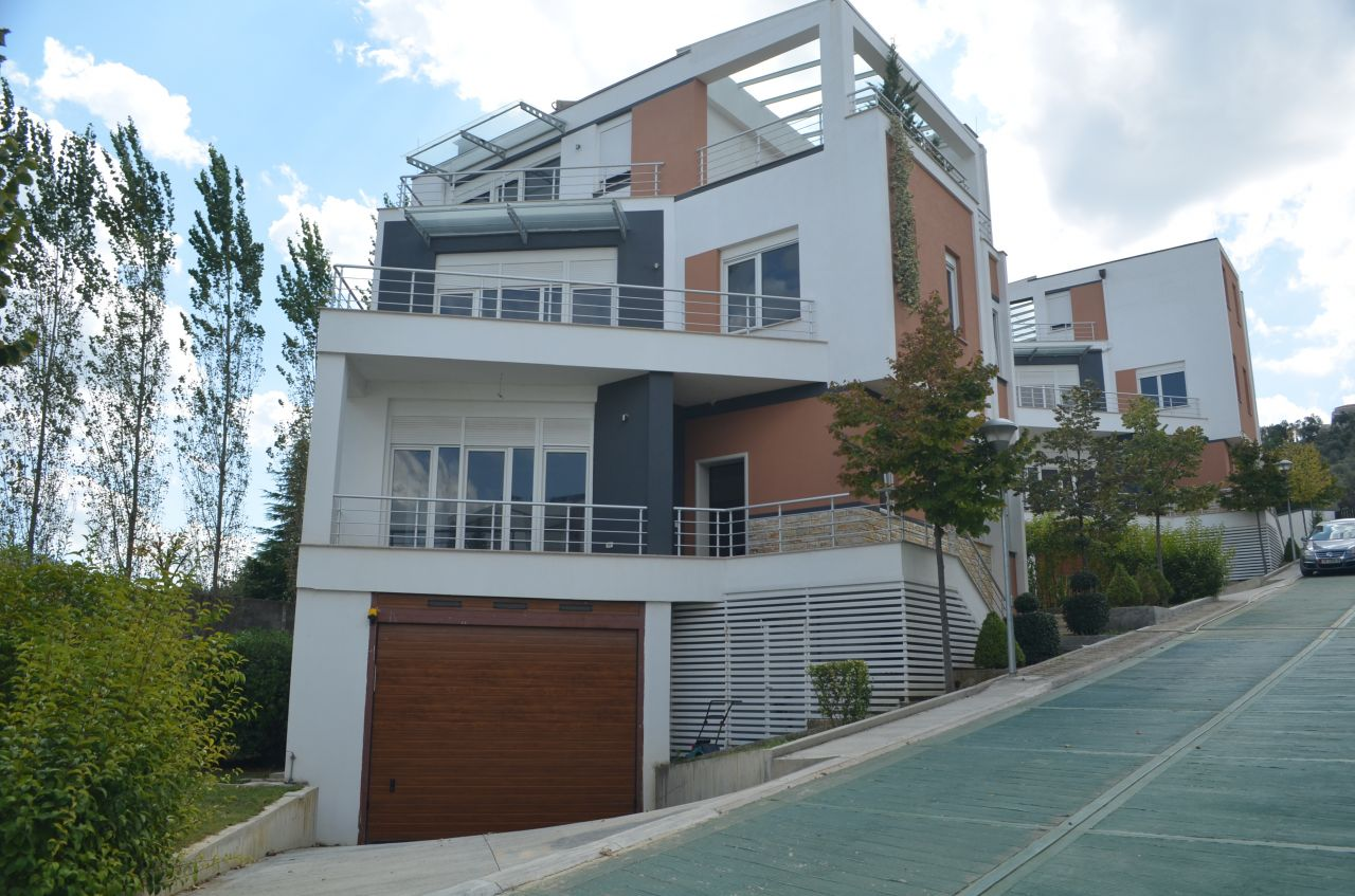 7 Mjull Bathore, Tirane, 1045