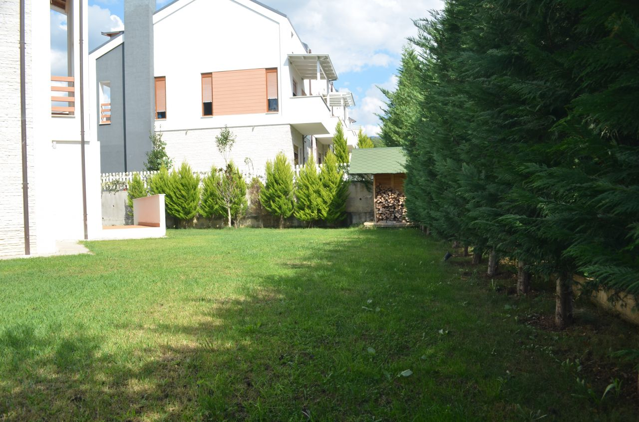 wonderful villa for rent in a very nice residential complex in tirana