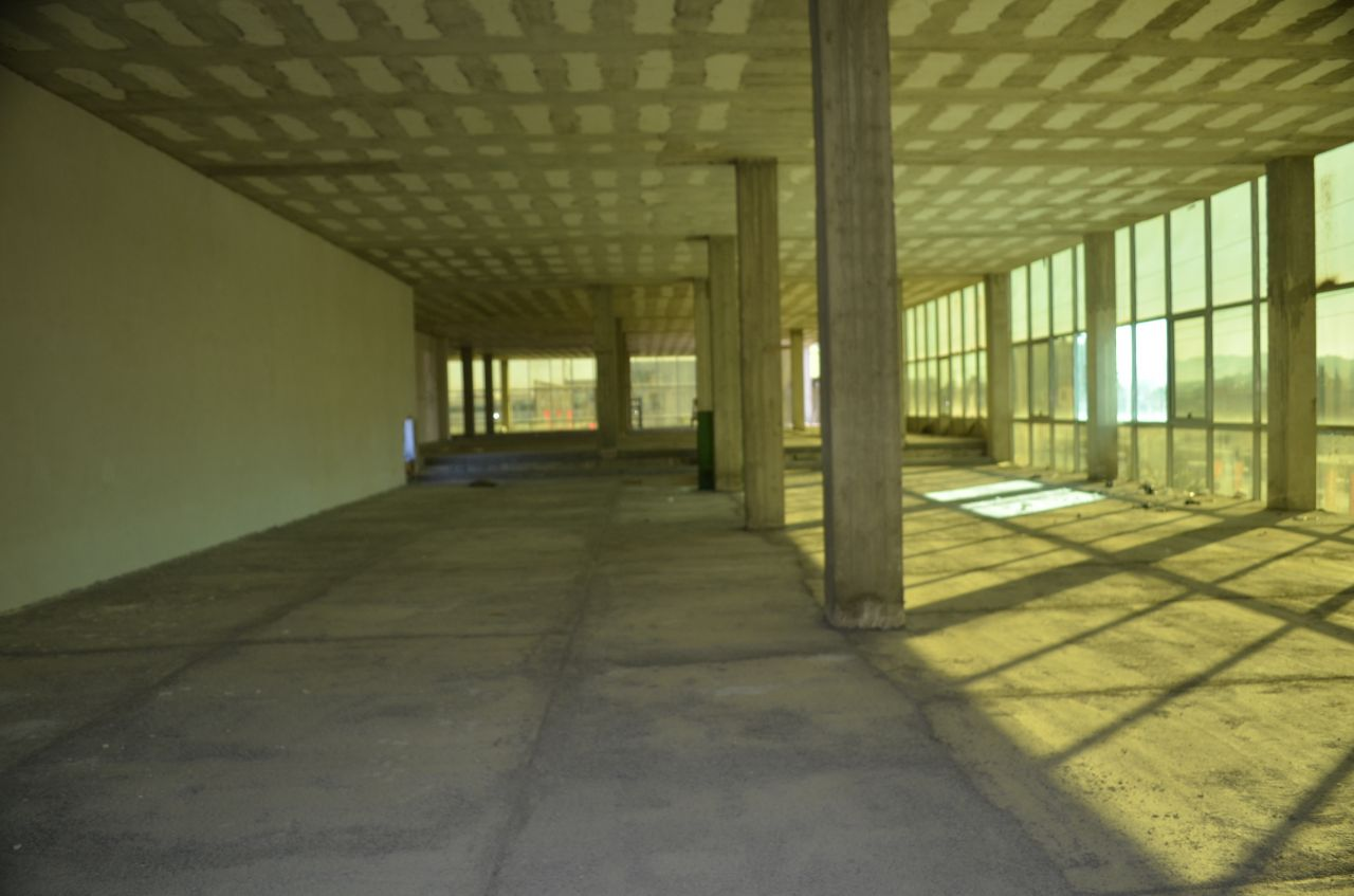 Big office for rent in the highway Tirana-Durres, it is ideal for any business which invests in Albania.