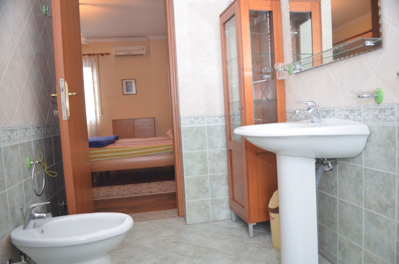 apartment for rent in tirana with three rooms and kitchen 100 meters from the lake and the park