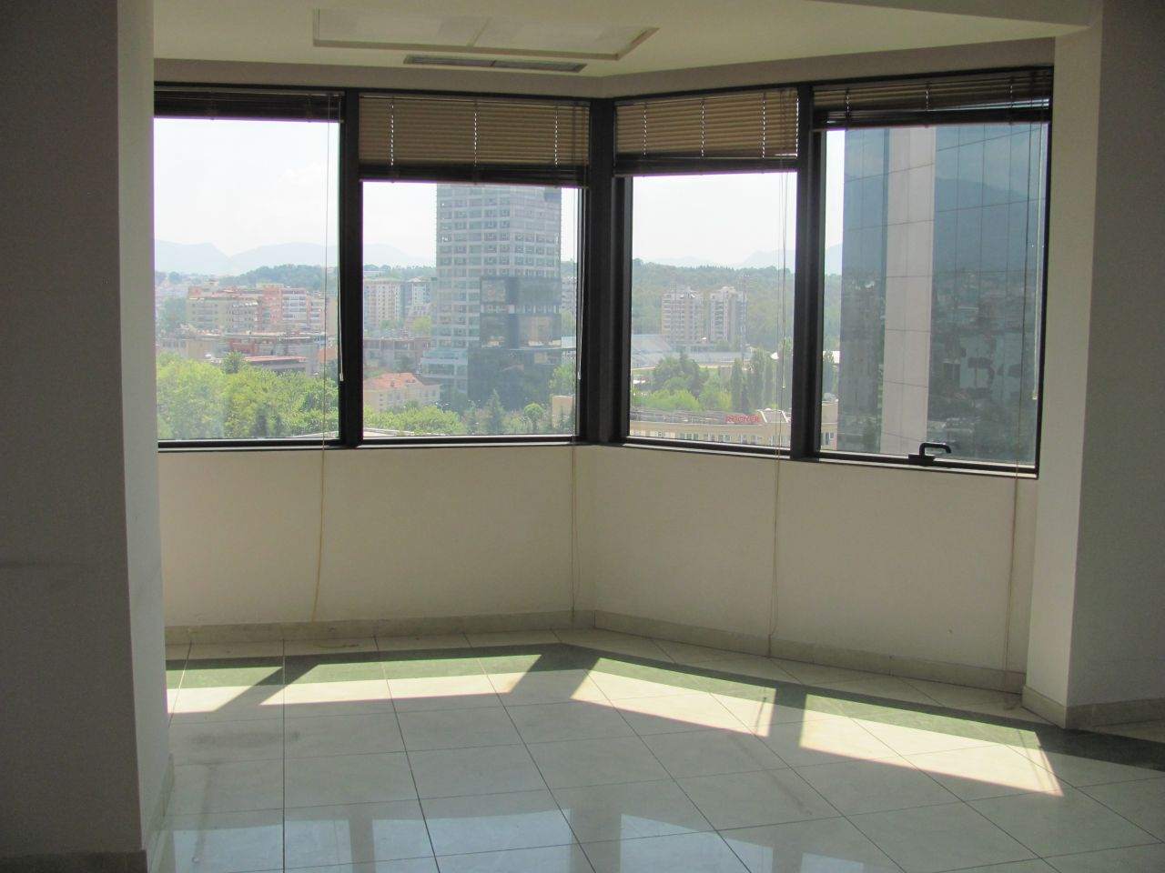 office space for rent in tirana in business center in very central location