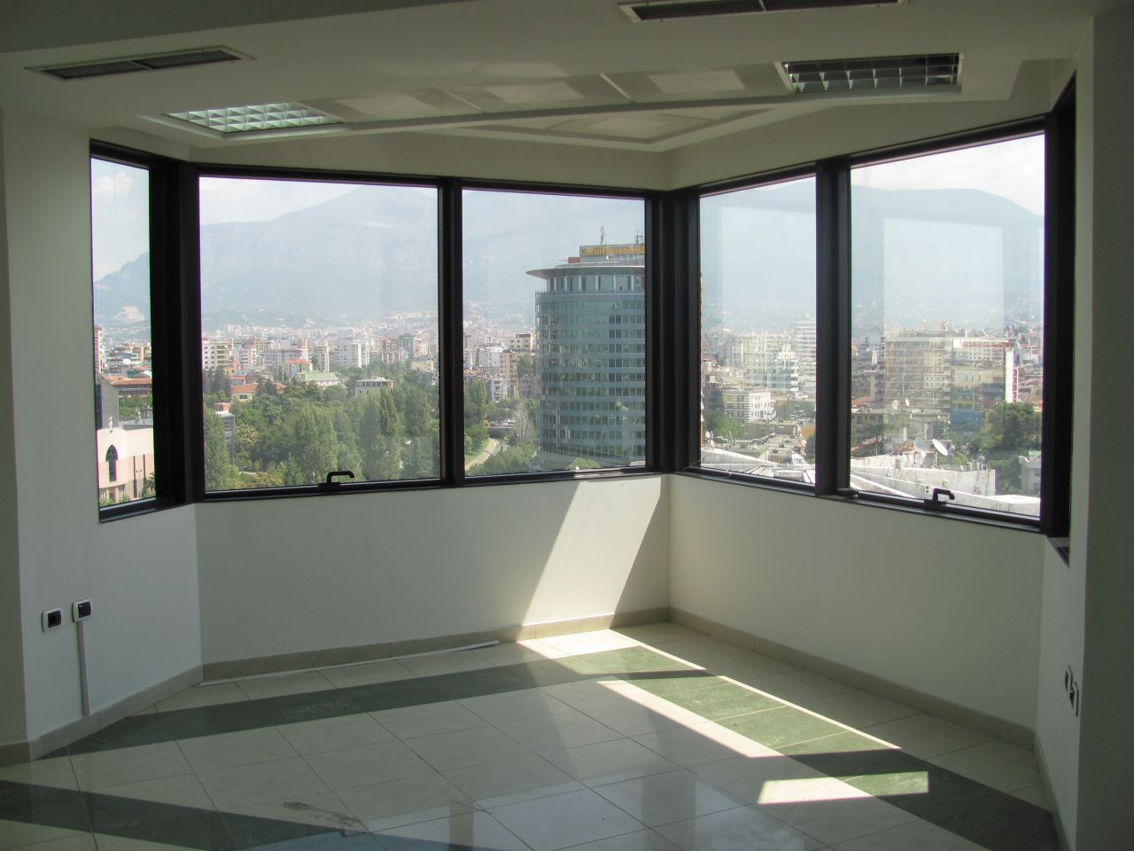 Office for Rent in Tirane. Albania Real Estate for Rent