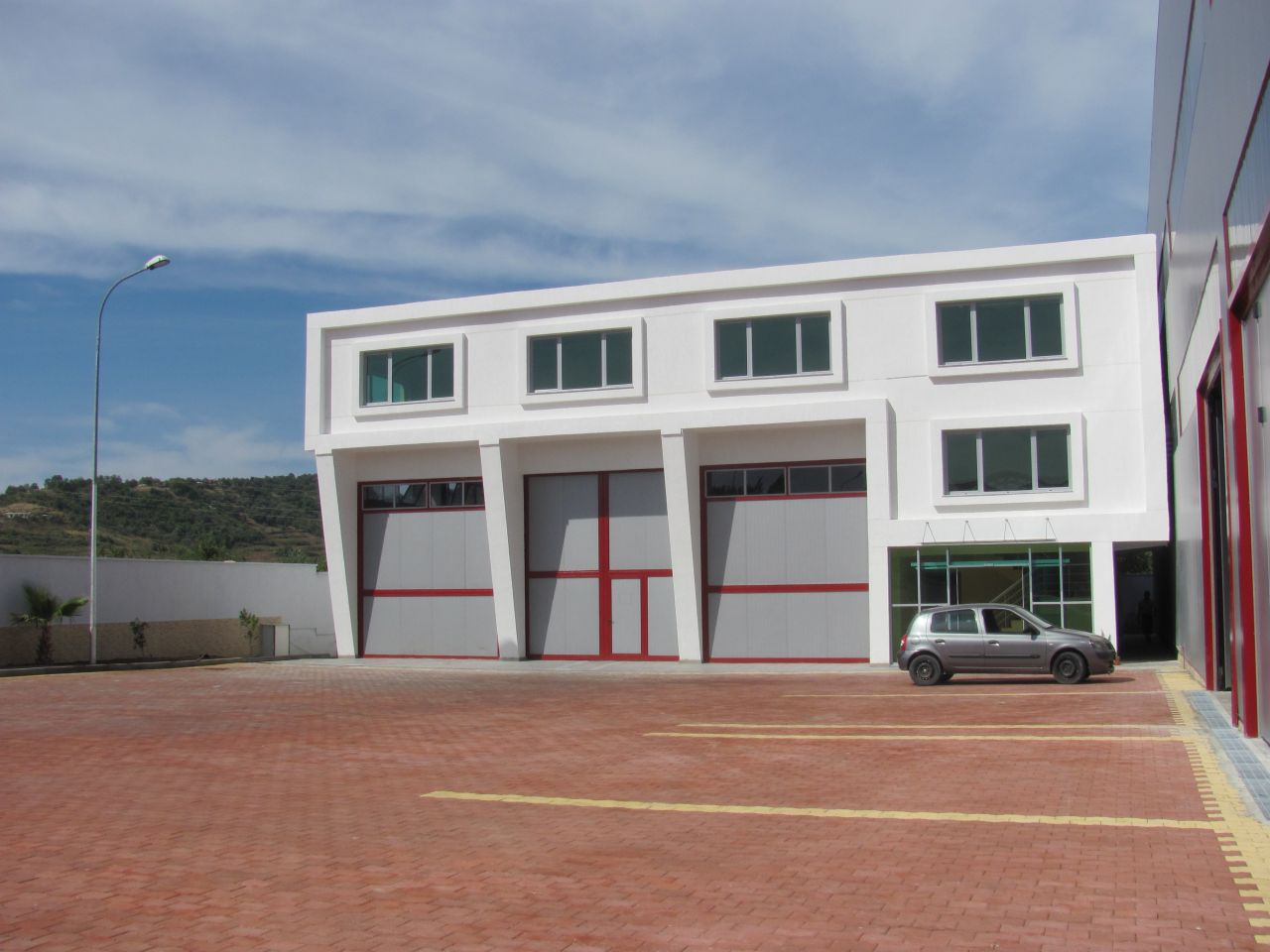 Warehouse in Tirana-Durres highway for Rent