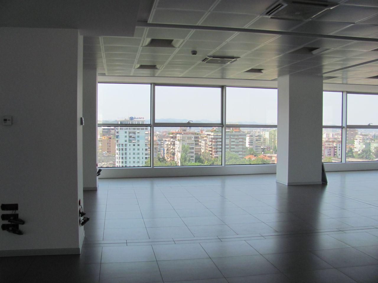 Ufficio in Affitto  una zona prestigiosa di  Tirana.