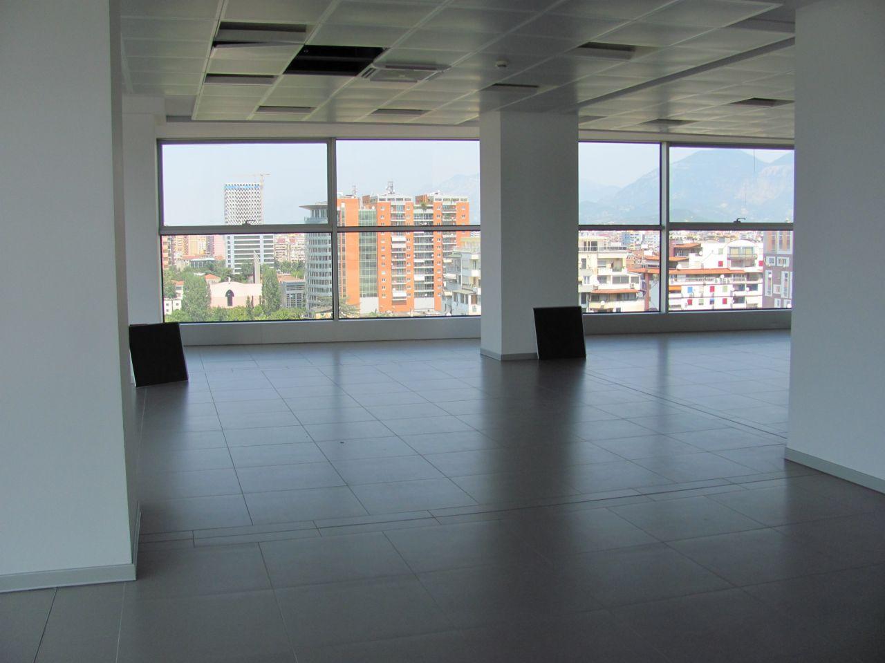 Spazio per ufficio in affitto a Tirana