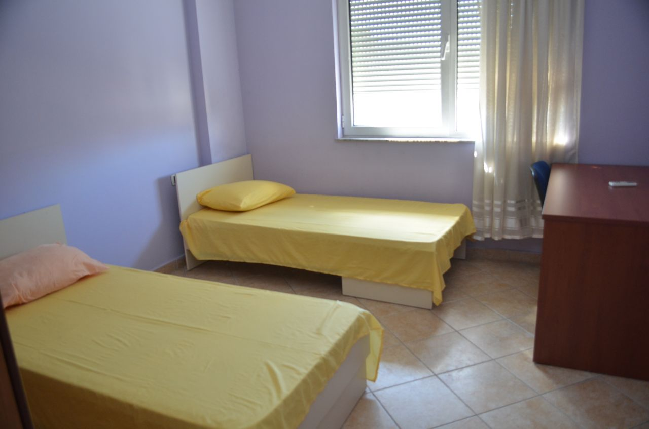 apartment for rent in very good conditions located in bllok area