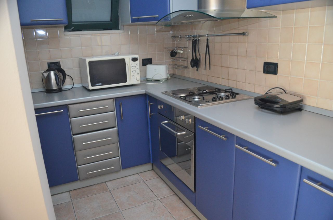 apartment for rent in ibrahim rugova street 2 bedrooms good conditions