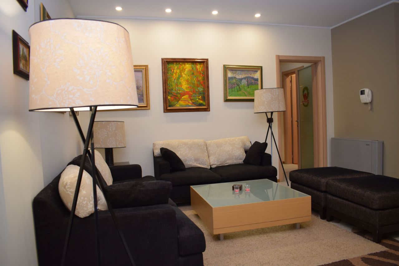 Apartment in Tirana for Rent Near the Park