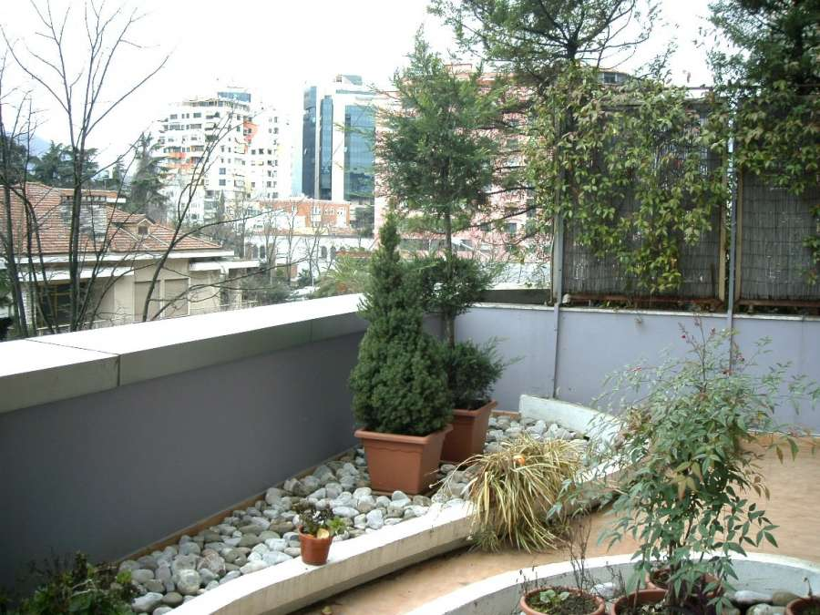 Office Space for rent in Tirana, Bllok Area