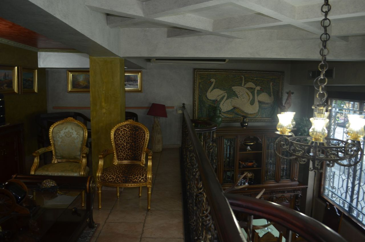 Hotel ne Shitje ne Tirane