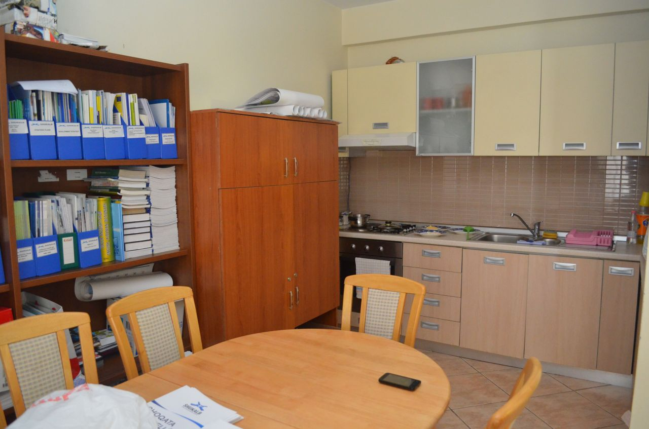 Office for rent in Tirana unfurnished in very good location can be rented for any kind of business