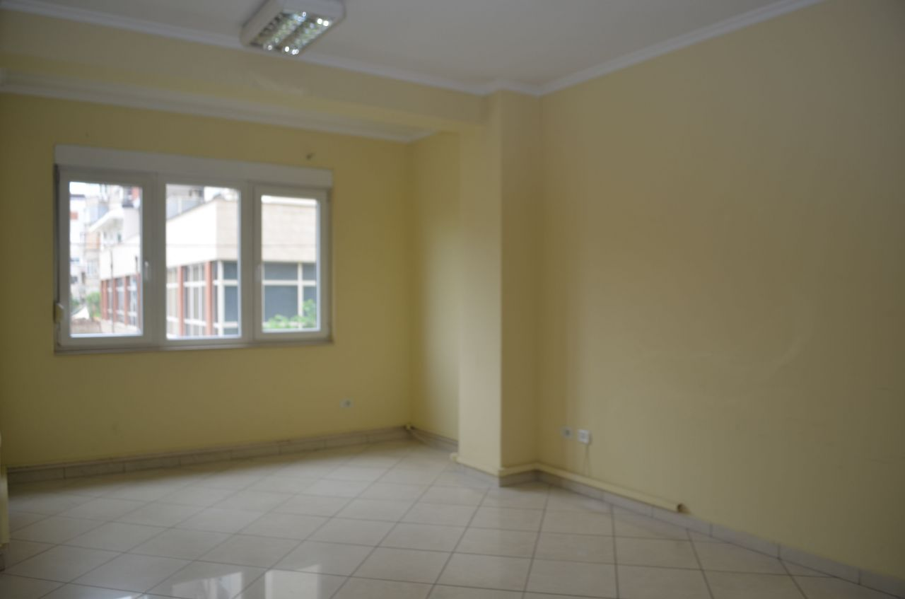 Big Office Space in Tirana for Rent. Office with 9 bedrooms .