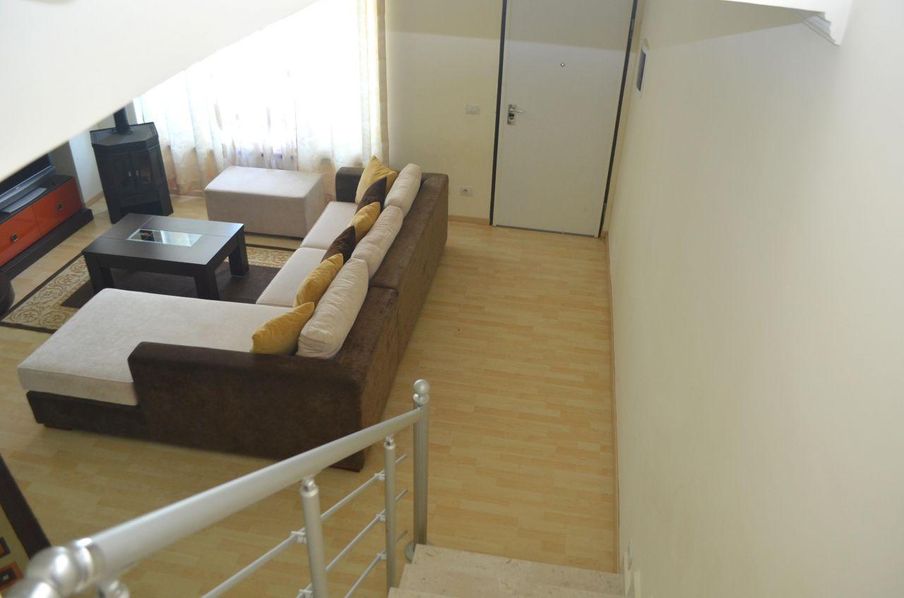 Apartament dupleks me qira ne Tirane, Shqiperi