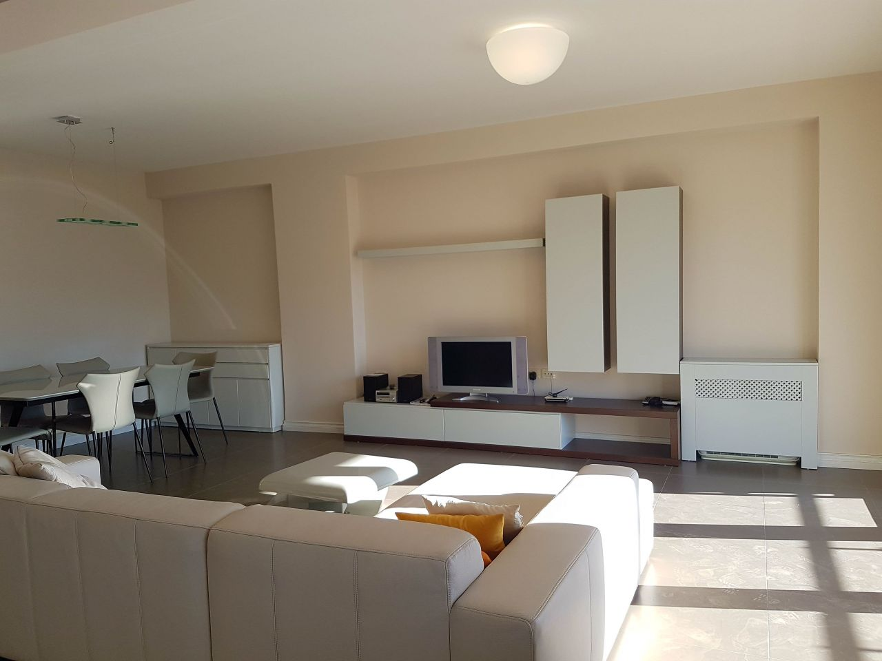 Fully furnished  apartment for rent in Tirana