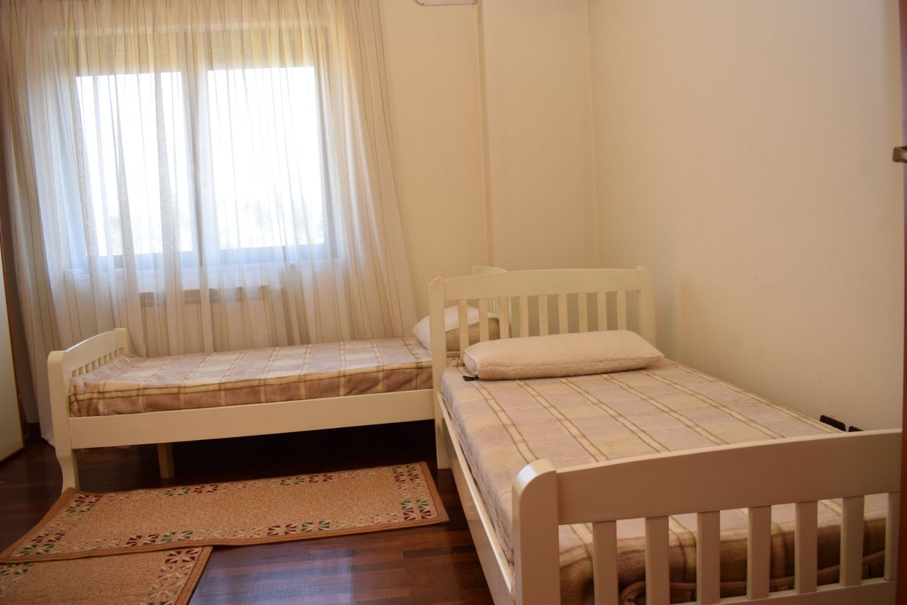 Apartment in Tirana for Rent with great view over  the grand park