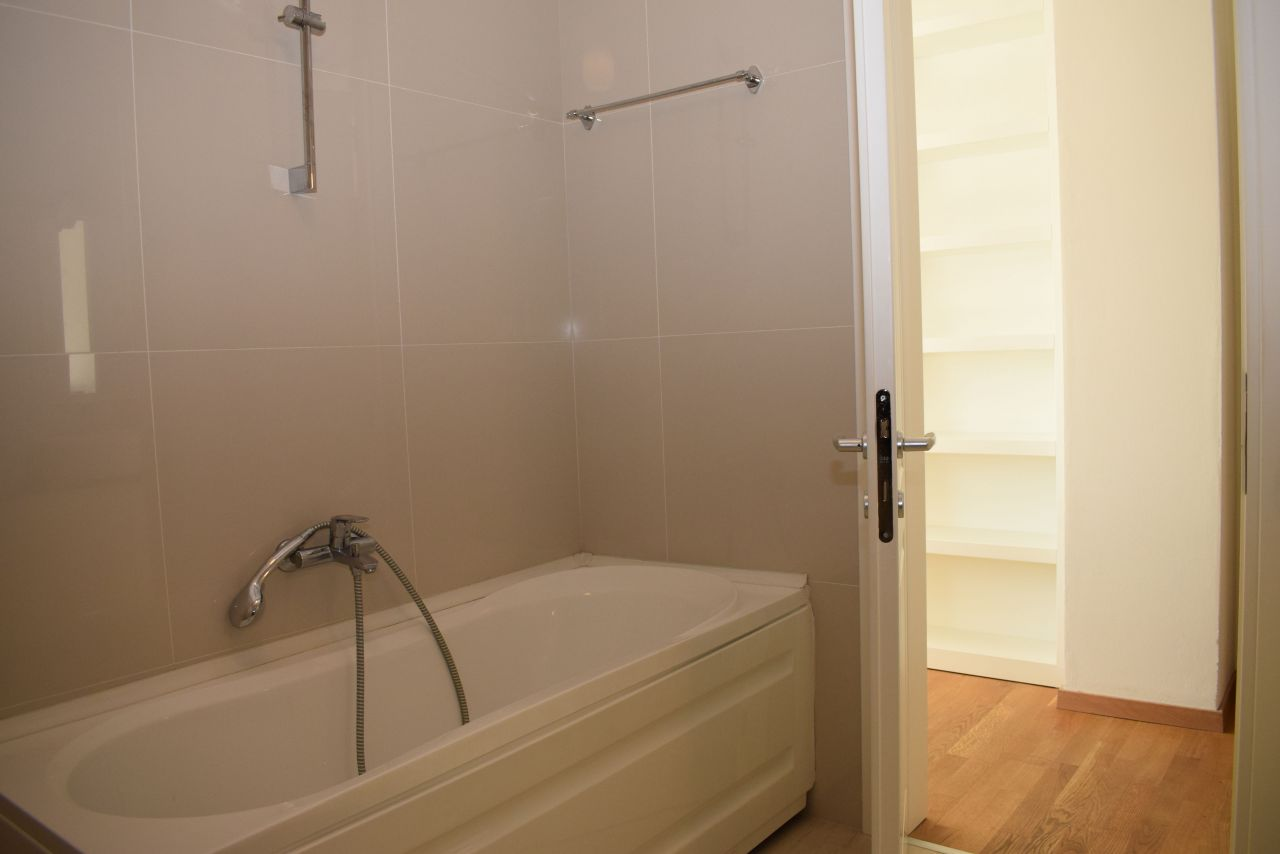Three bedroom apartment for Rent in Tirana, in a good area