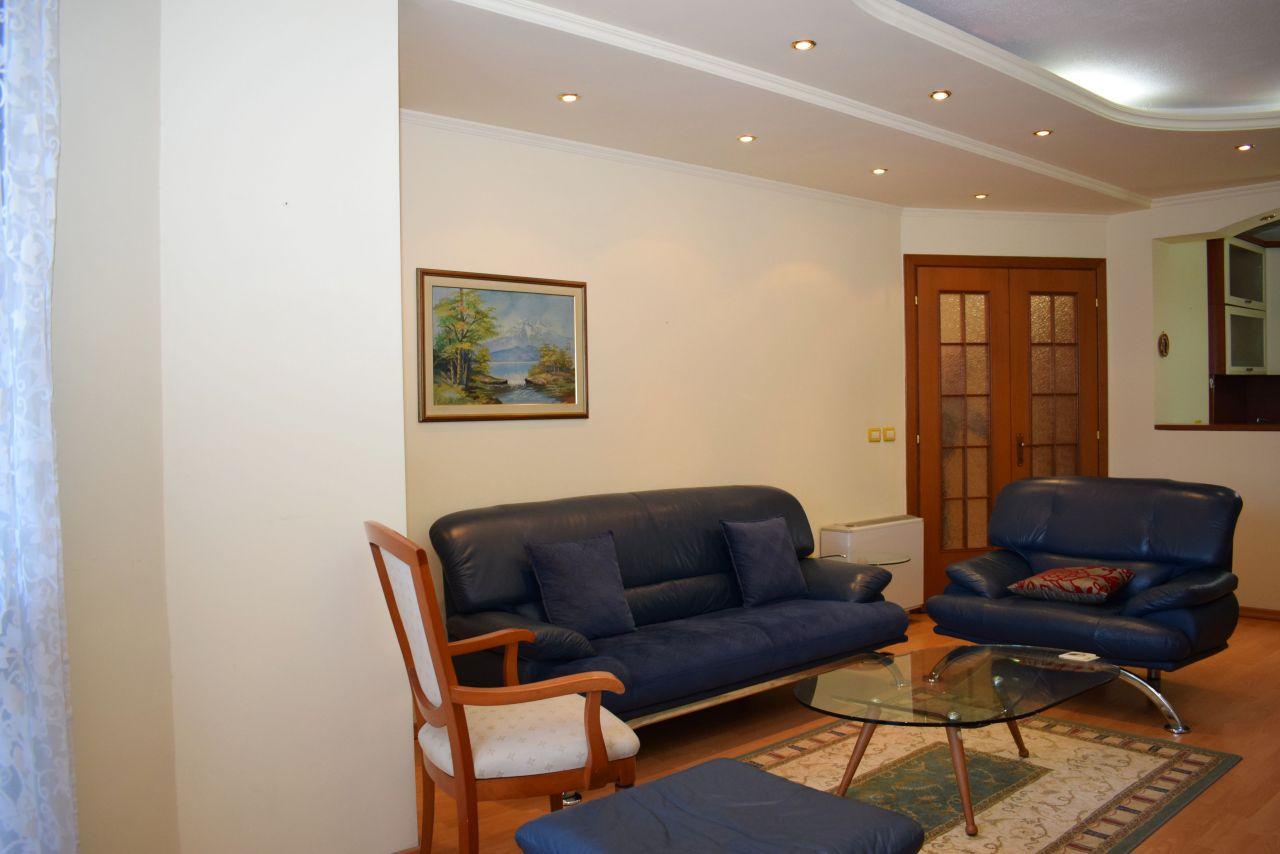 Appartamento con Due Camere da Letto in Affito Nella Zona di Bllok