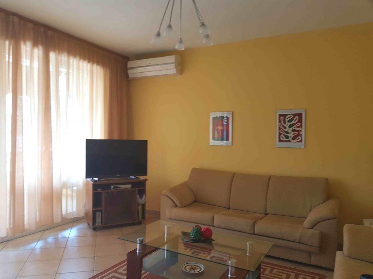 Apartament 3+1+2 me Qira ne Tirane