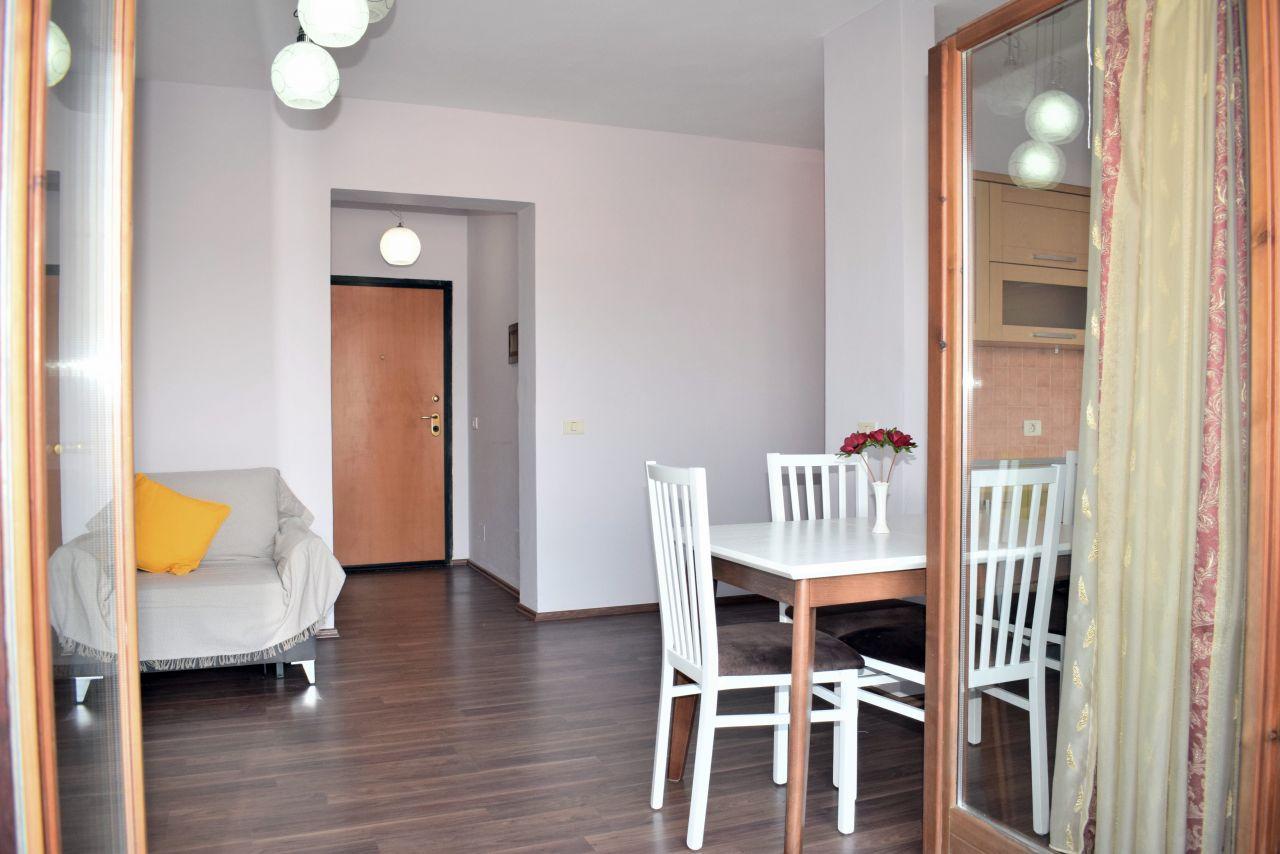 Jepet Me Qira Apartament 1+1 Tirane