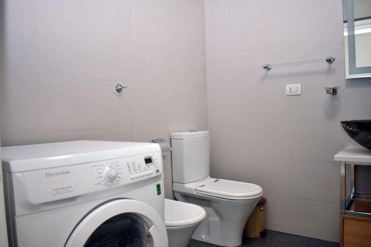 Jepet me qira Apartment 3+2, ne Tirane
