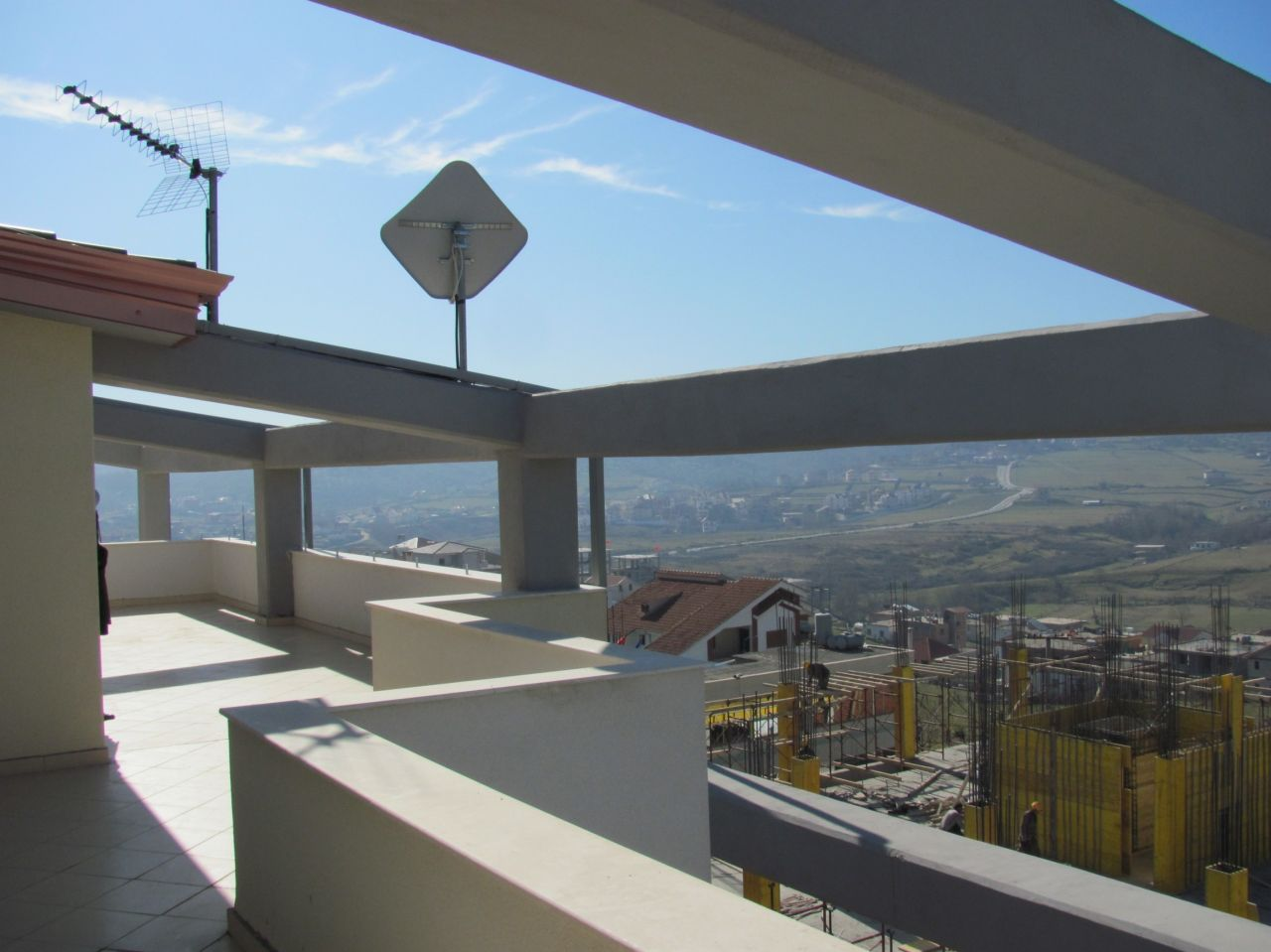 7 Farke, Tirane 1045