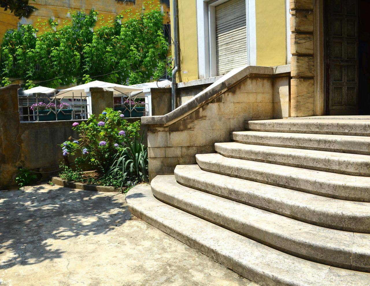 Albania Real Estate in Tirana, House for Sale located close to Durresi Street and the center of Tirana.