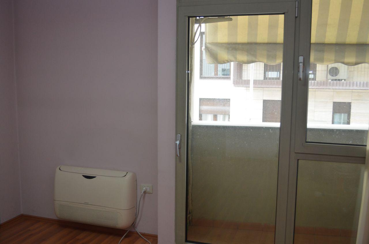 L'appartamento in vendita si trova in ottimo posto per vivere. Due camere da letto