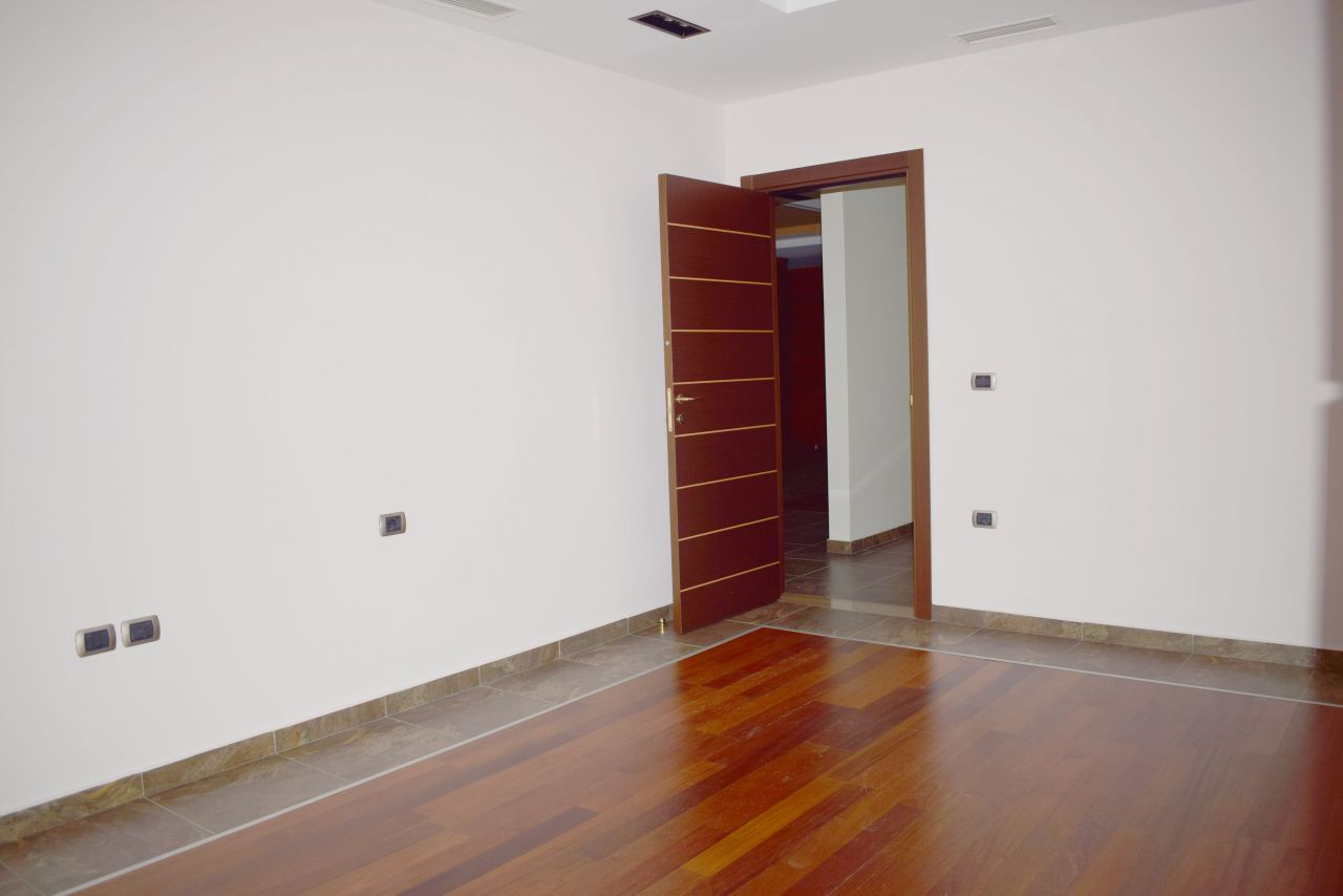 office space for rent in tirana with three bedroom in Blloku area