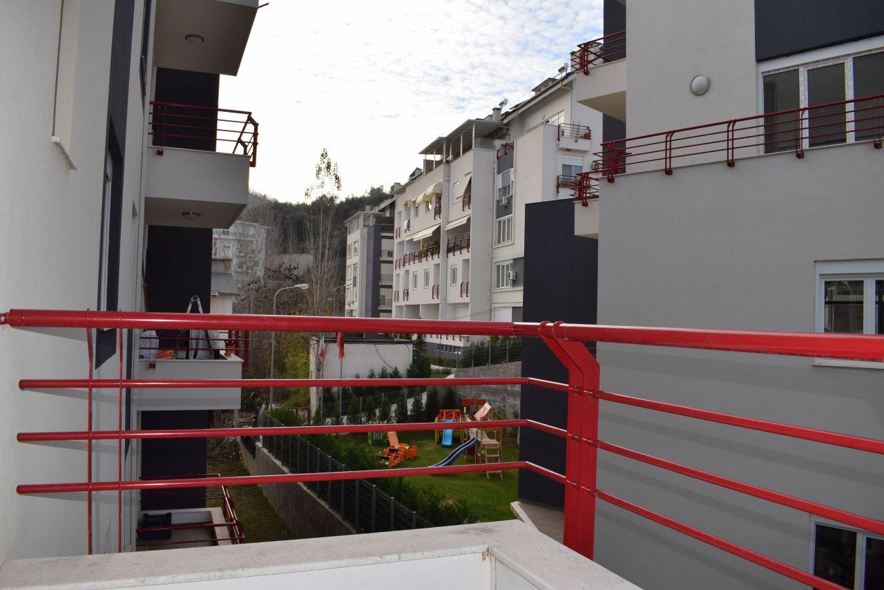 7 Rruga Hamdi Sina, Tirane 1045