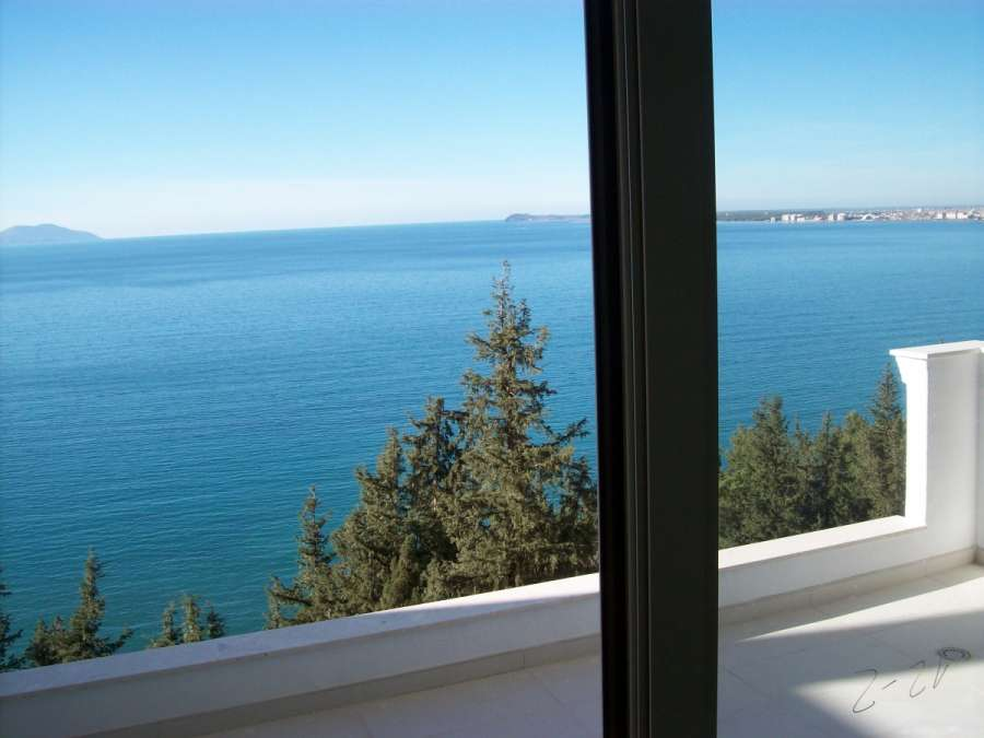 Apartments for sale in Vlora, they are completed and provide beautiful views from Vlora bay.
