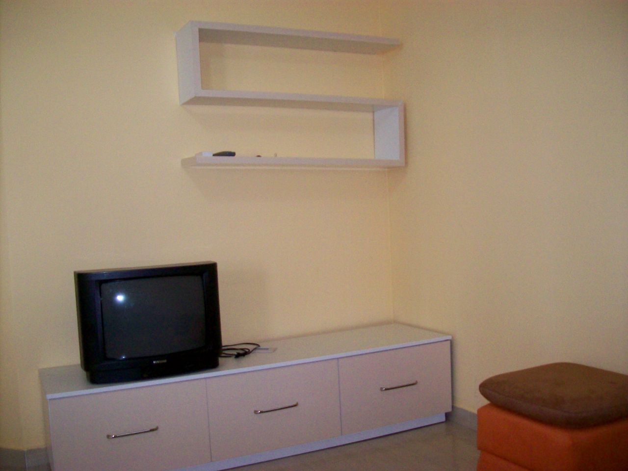 Holiday apartment for rent in Vlora City, with one bedroom.