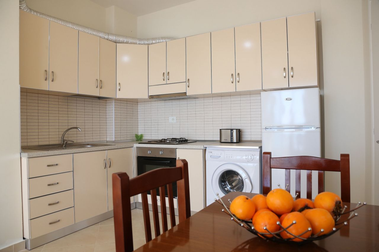Rent Albania Holiday Apartment in Vlore