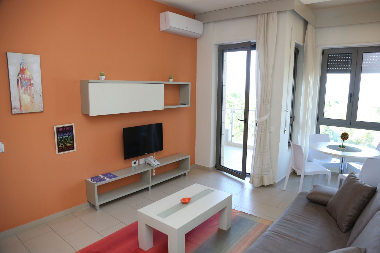 Holiday Apartment for rent in Vlora Albania with pool sea view