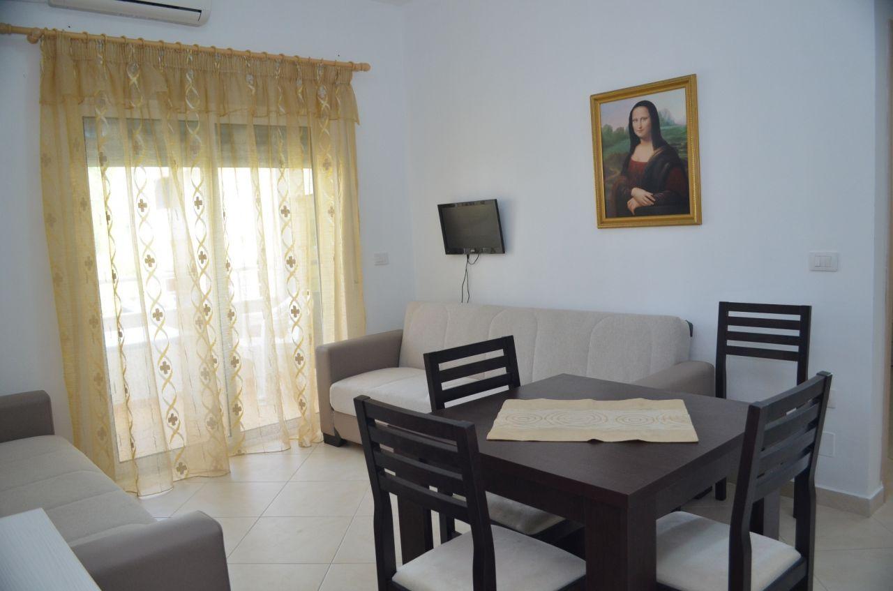 Appartamento in Affitto a Valona