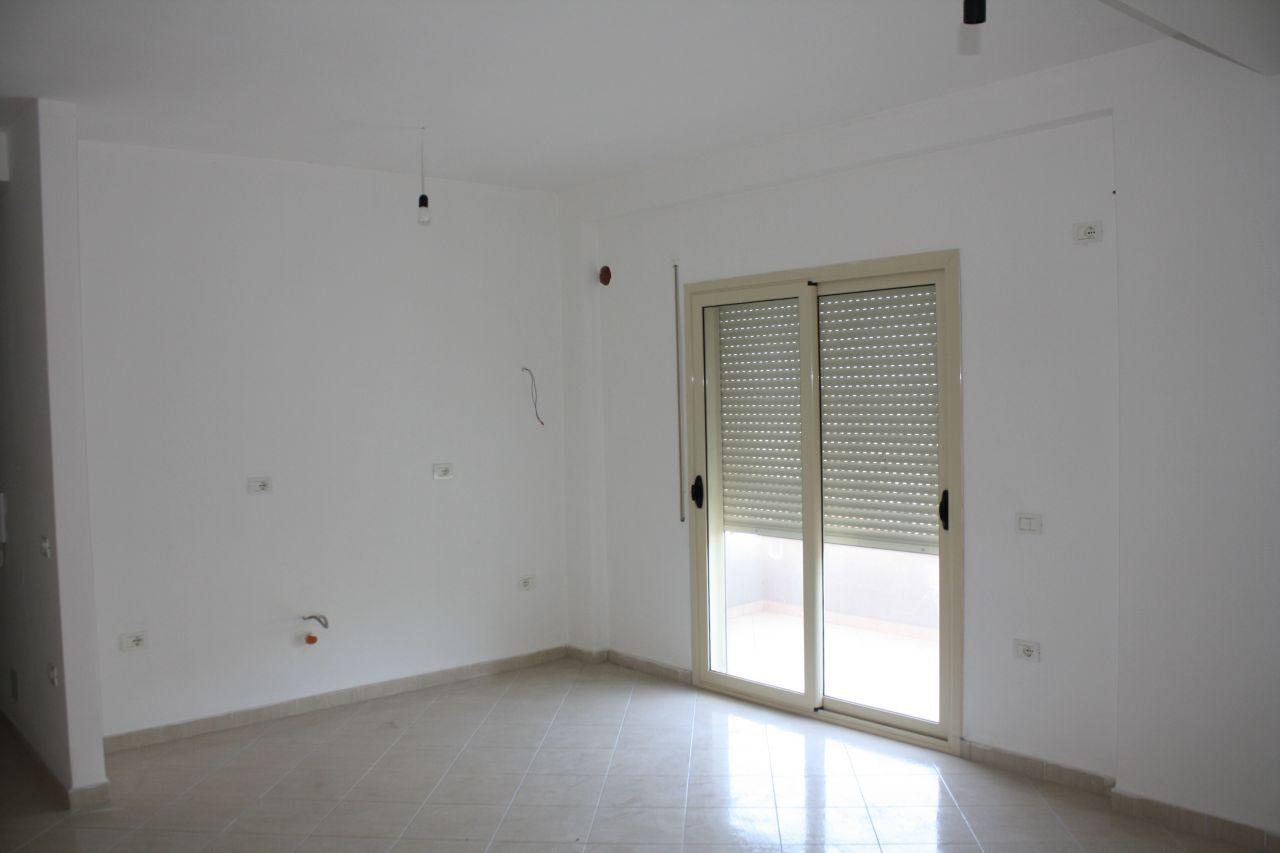 5 Francesco Crispi, Vlore 9403