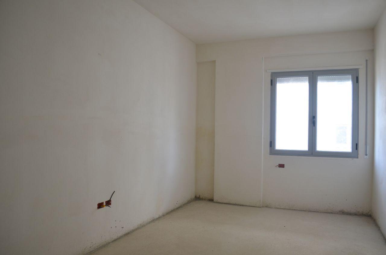5 Rruga Murat Tërbaçi, Vlorë 9403
