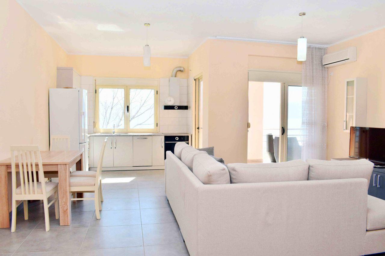 Appartamento in Vendita in Valona,  Apartamento con due Camere da Letto